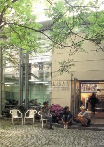 lisaa l 39 institut sup rieur des arts appliqu s n 10 au classement licences mode bachelor. Black Bedroom Furniture Sets. Home Design Ideas