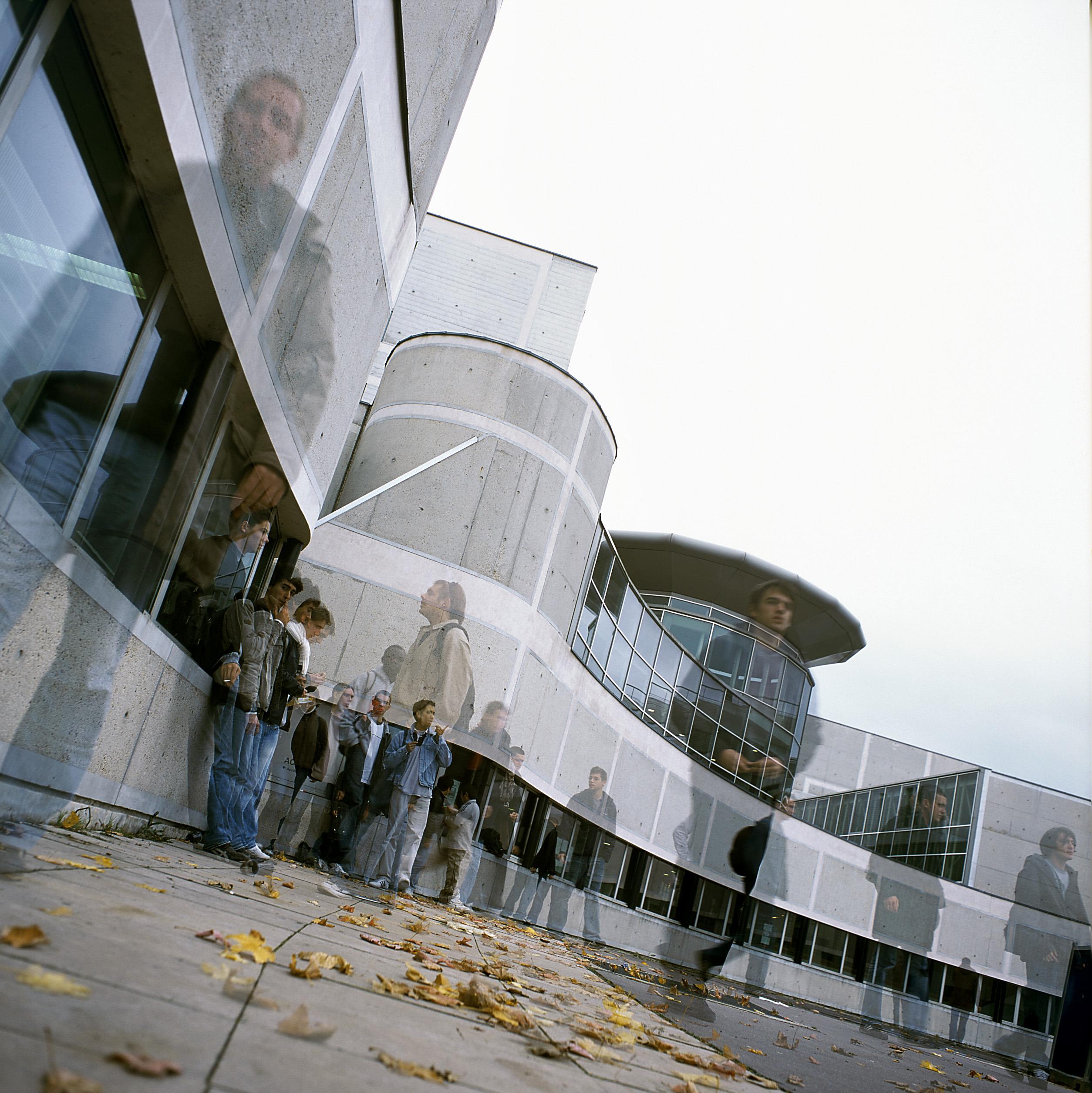 Iut de cergy pontoise site de neuville n 5 au classement for Technique de construction batiment